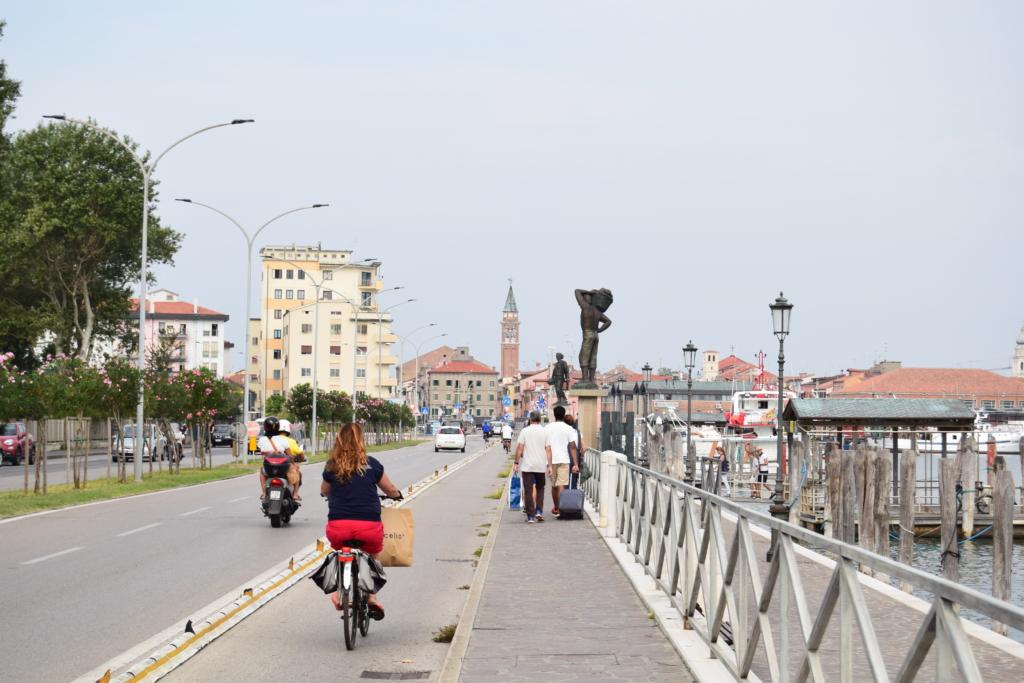 Chioggia Brücke Vaporetto Venetien Italien