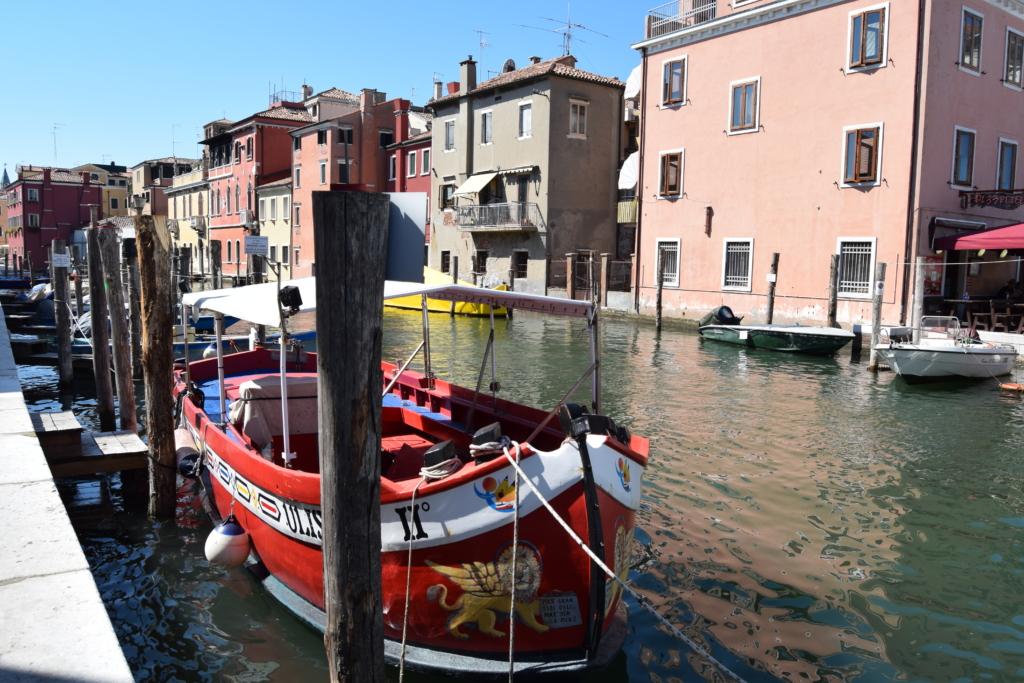 Chioggia Klein Venedig Kanal Canal Vena Ausflugsboot Venetien Italien