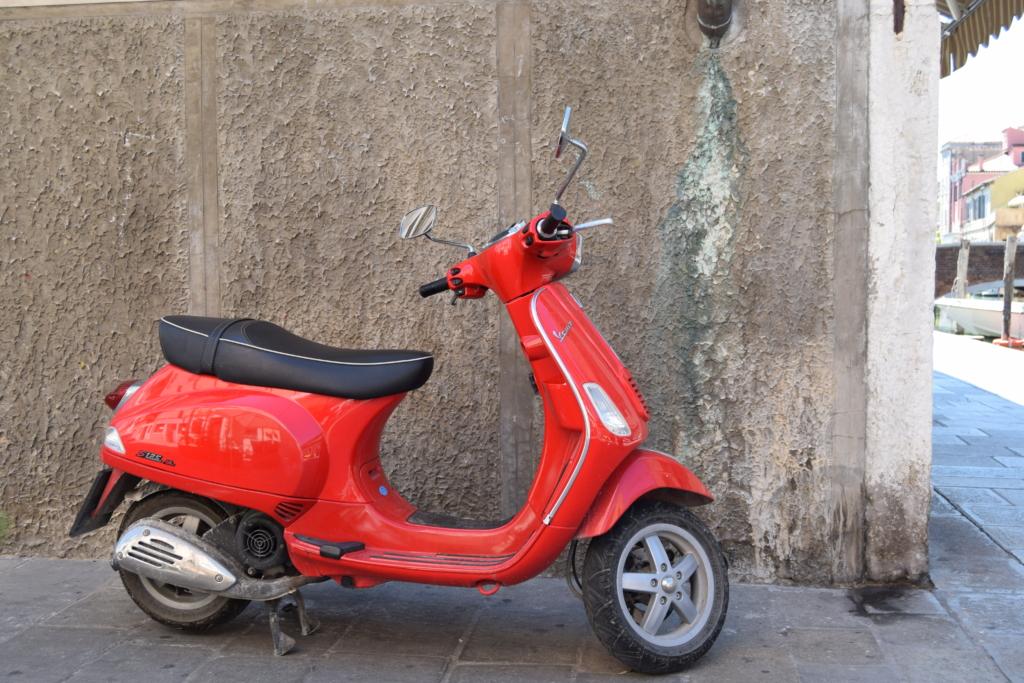 Chioggia rote Vespa Venetien Italien