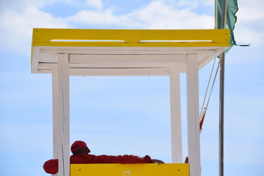 Strand Platja Palmira Lifeguard Bademeister Paguera Peguera Mallorca Balearen Spanien