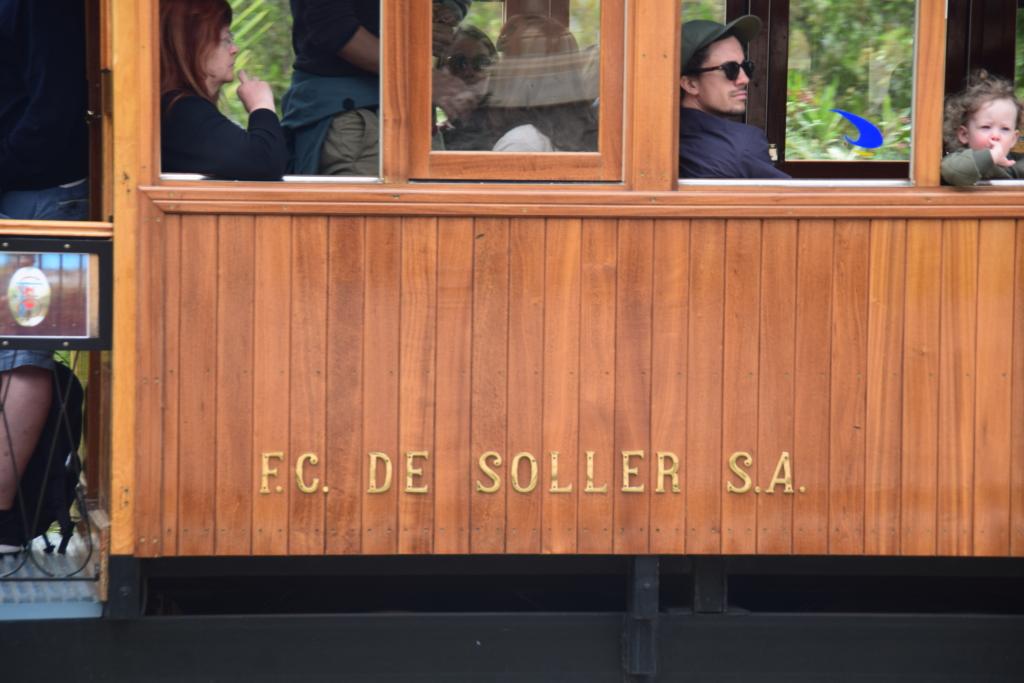 tranvia strassenbahn soller mallorca balearen spanien