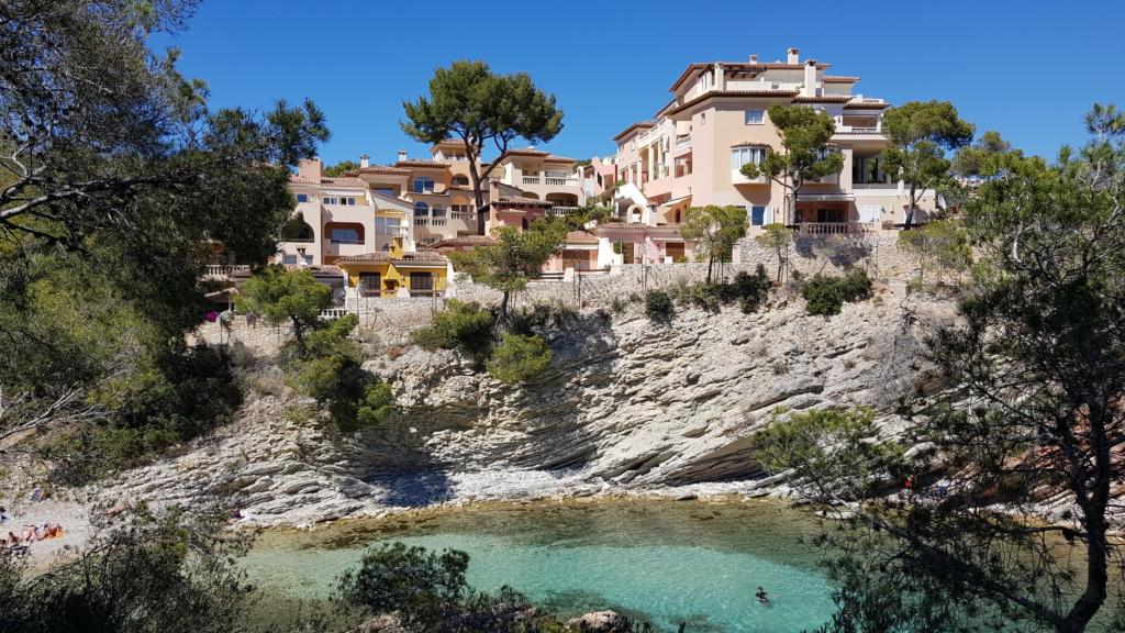 Strand Playa Calo de ses Llisses Cala Fornells Peguera Paguera Mallorca-Urlaub Spanien