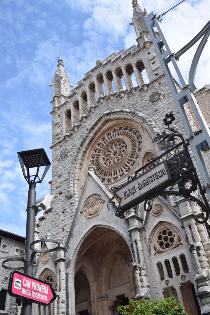 29 placa constitucio kirche sant bartomeu soller mallorca balearen spanien