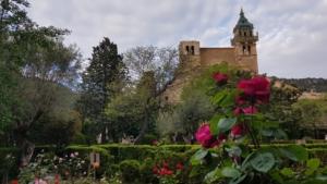 04 mallorca jardins rei joan carles iglesia dela cartuja valldemossa spanien