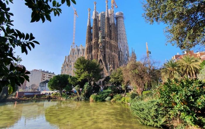 00 kathedrale sagrada familia barcelona spanien aida familien kreuzfahrt