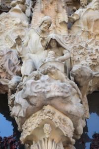 maria josef jesus in der krippe kathedrale sagrada familia barcelona spanien aida familien kreuzfahrt