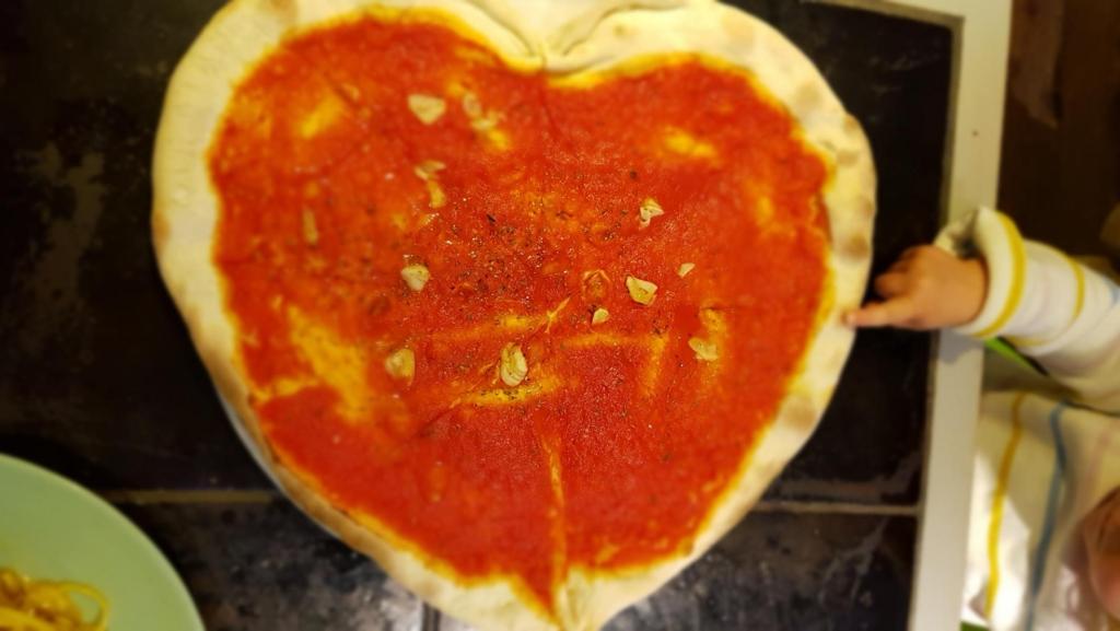 mittagessen pizzabrot ristorante thats amore rom italien