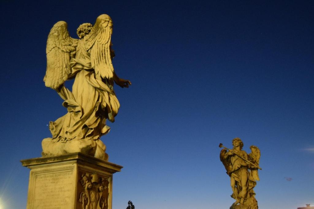 castel santangelo engelsnurg ponte santangelo engelsbruecke tiber nachts rom italien