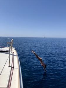 yachtcharter griechenland schwimmen badebucht