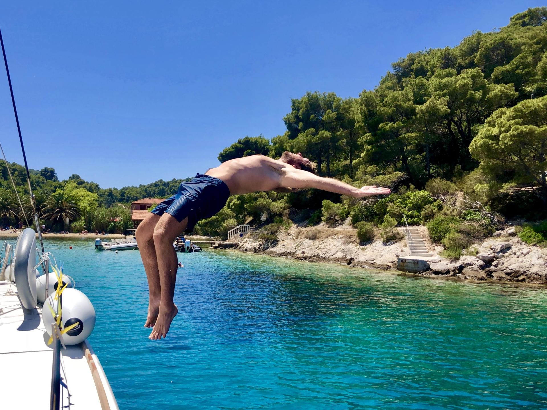 yachtcharter mittelmeer yacht boot schwimmen