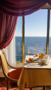 frühstück luxus fähre tallink isabelle ostsee baltisches meer