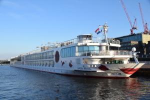 a rosa flusskreuzfahrt flusskreuzfahrtschiff a rosa brava grachtenfahrt amsterdam holland niederlande