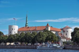 rigaer schloss bootstour riga sehenswürdigkeiten lettland