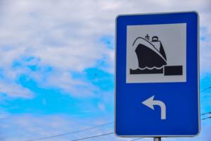 schild fährhafen riga lettland