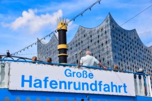 raddampfer louisiana star grosse hafenrundfahrt elbphilharmonie hamburg