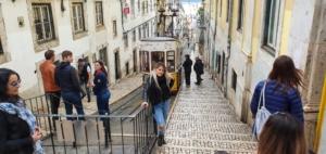 Städtereise Lissabon Sehenswürdigkeiten Instagram Hotspot Elevador da Glória Calçada da Glória Portugal