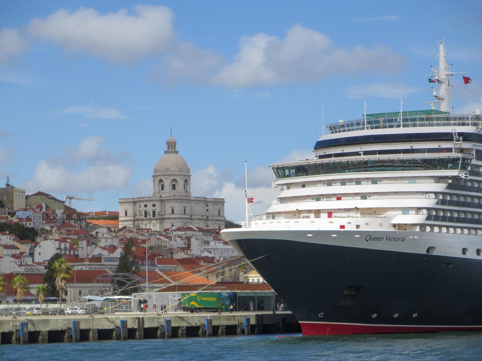 Städtetrip Lissabon Sehenswürdigkeiten Panteão Nacional Igreja de Santa Engrácia Kreuzfahrtschiff Queen Victoria Portugal