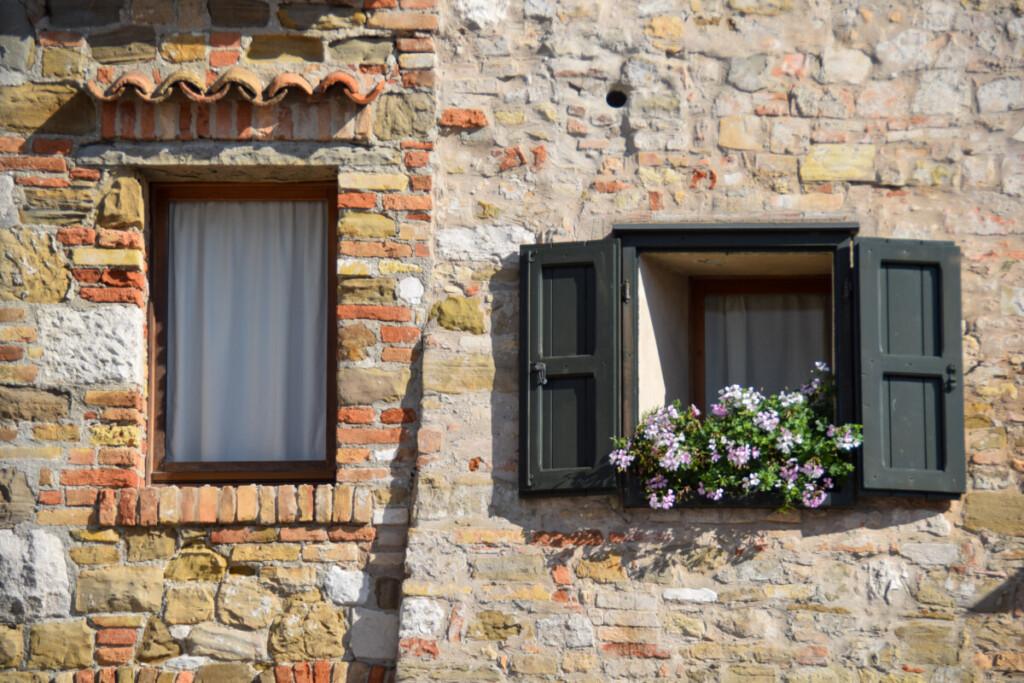 Fenster Kirchplatz Castrum Grado Friaul-Julisch Venetien Italien