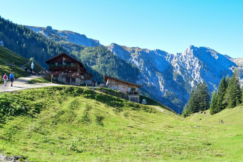 Bärenbadalm Zillergrund Rundwanderweg Karwendel Achensee Pertisau Tirol Österreich