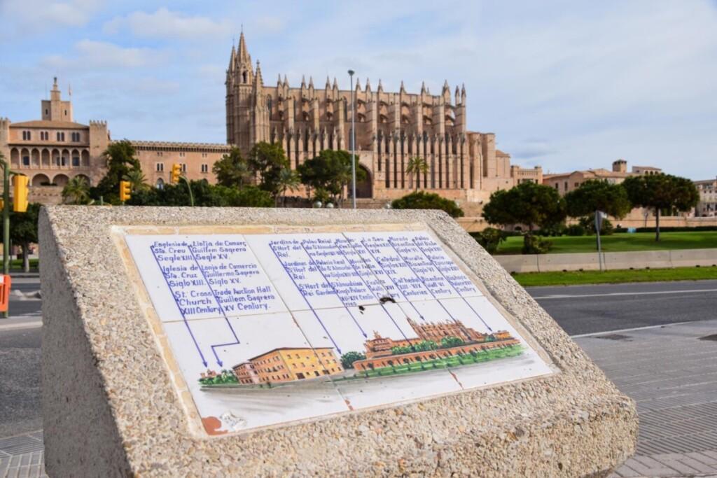 03 Kacheln La Seu Kacheln Kathedrale von Palma de Mallorca Balearen Spanien