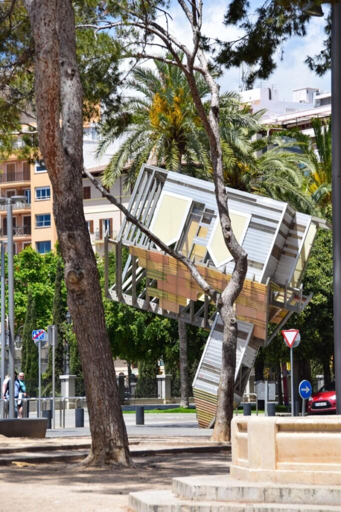 17 Kunstwerk Park Parc de Sa Feixina Palma de Mallorca Sehenswuerdigkeiten Balearen Spanien
