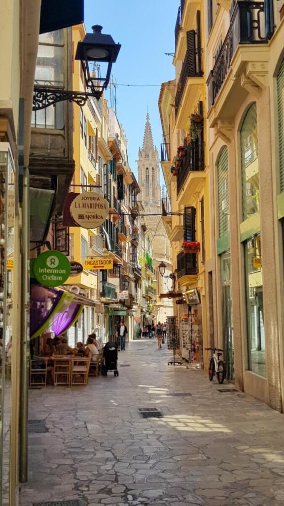 19 Gassen Altstadt Palma de Mallorca Sehenswuerdigkeiten Balearen Spanien