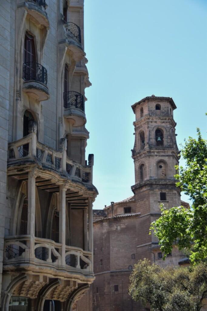 26 Edifici Casasayas Kirche Esglesia de Sant Nicolau Placa del Mercat Palma de Mallorca Sehenswuerdigkeiten Balearen Spanien